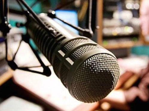 corso-conduzione-radiofonica-napoli-1